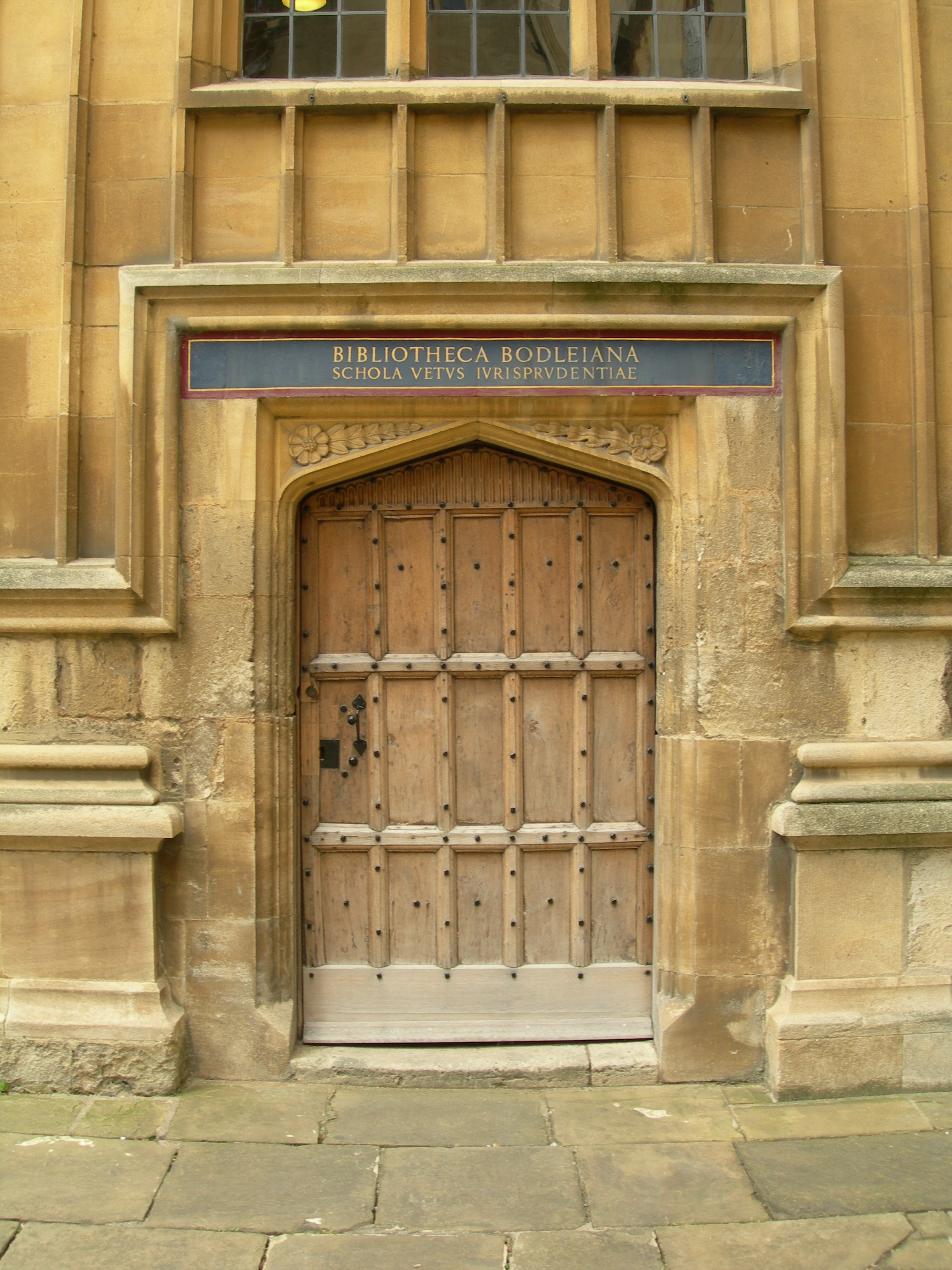 FIGURE 3. The Bodleian Library, Oxford. Photo by Byron Hamann.